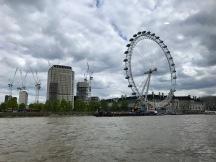 Näkymä vesibussista matkalla Westminsteriin.